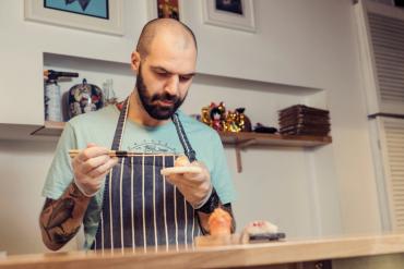 Dziś każdy może kupić zestaw sushi- rozmowa z Pawłem Gnatowskim [wywiad]
