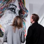 Język kolorów i emocji – malarstwo Szymona Hołubowskiego