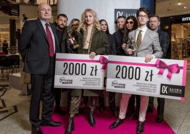 """Największa akcja mody ulicznej w Polsce zakończona! Gala """"Przyłapani na modzie 2017"""""""