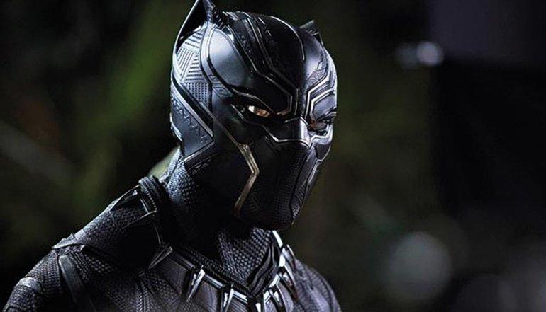 Czarne zwierzę lepsze niż Spider-Man?