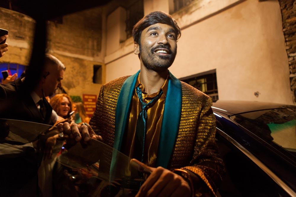 """Dhanush: """"Moi rodzice walczyli o godne życie"""" [wywiad]"""