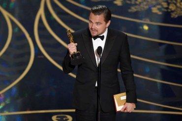Leonardo DiCaprio zmuszony dooddania Oscara !